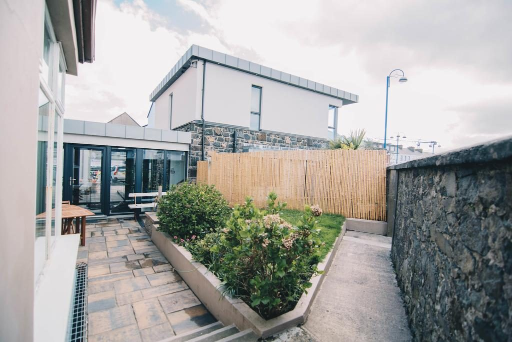 Antrim House bed & Breakfast Visit Portrush Northern Ireland small secluded garden