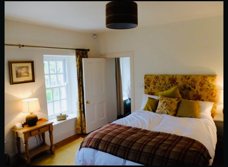 Roselick Lodge Visit Portrush nORTHEN iRELAND dOUBLE bEDROOM