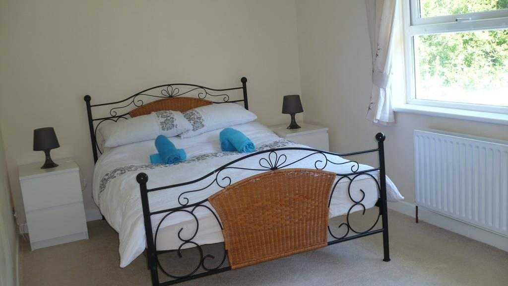 Craigalappan Cottages B&B bedroom 2