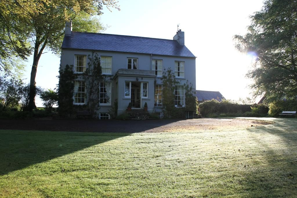 Dromore House Historic Country house backyard 1