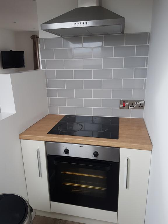 Portstewart Central Apartment - kitchen 3