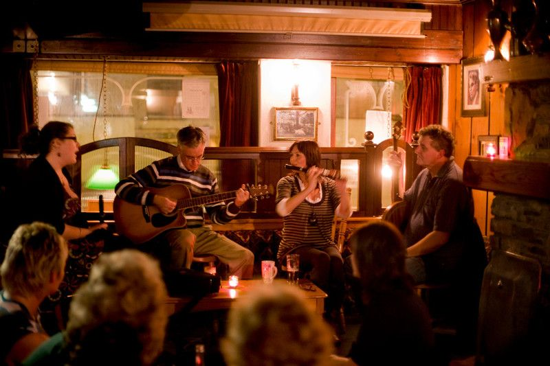 Atlantic-Sessions-Traditional-Music-PORTRUSH SPRINGHILL BAR